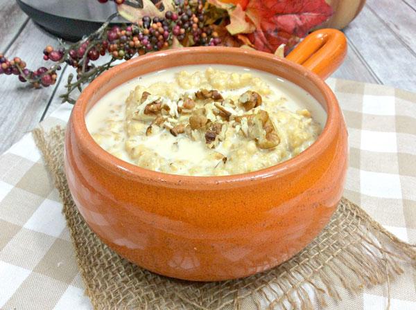 instant pot porridge in a rustic bowl