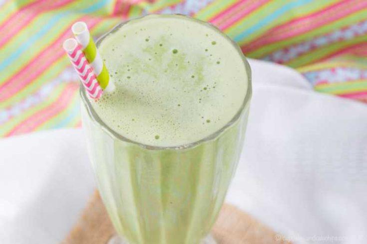 Copycat Healthy Shamrock Shake Recipe